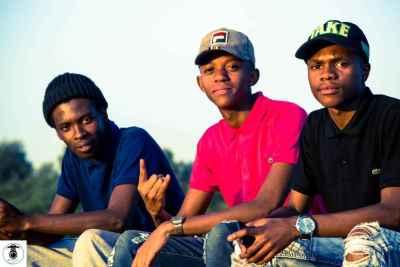 Authentic Souls – Khuzani (Africa Unite) ft. Stokvel Boys