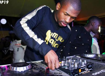 Mr Thela – Minding My Own Business
