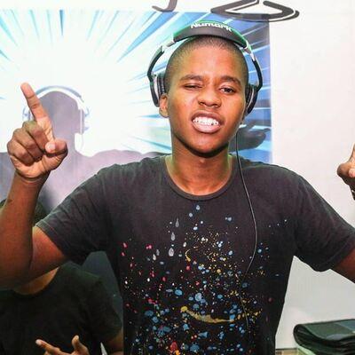 DJ Perci & Charlie Magandi – Mpondo Ndini