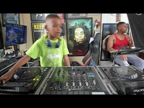 DJ Arch Jnr – Saturdays Live House Mix