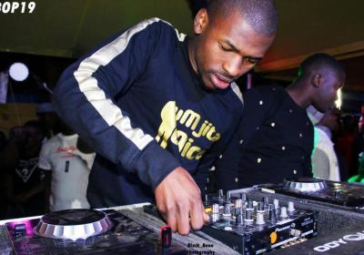Mr Thela – Sphitha'Nyongo