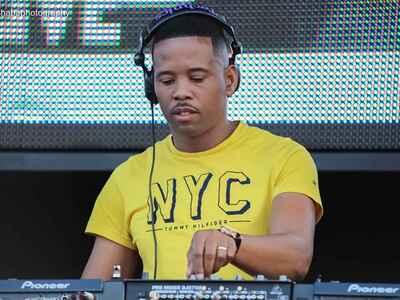 DJ Stokie – SNK Grownup Sunday Yanos Live Mix