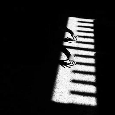 De Mthuda – Black