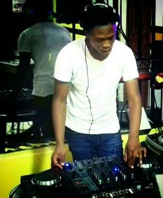 DJ Aplex SA – UCR FM Mix
