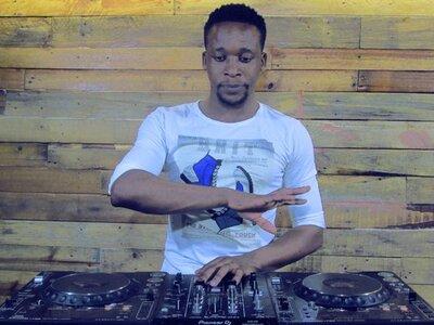 Romeo Makota – House Mix (17 July 2020)