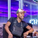 Mr Thela – That Bass
