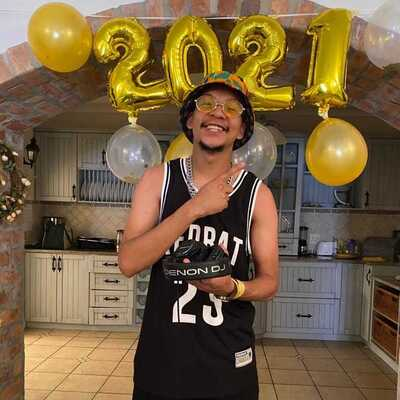 DJ Ice Flake – New Year Mix
